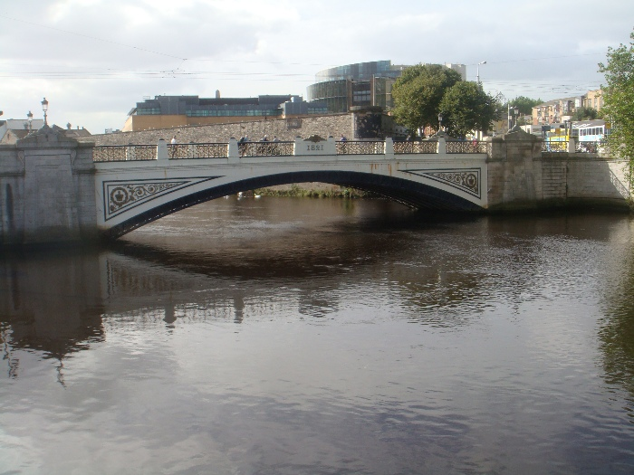 Séan Heuston Bridge
